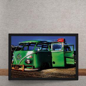 Carro-Volkswagen-Kombi-Verde-Portas-Abertas-tecido
