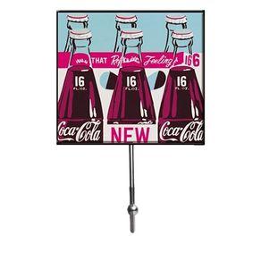 93026964-Cabideiro-coca-cola-garrafas-vintage-azul-e-rosa-pequeno