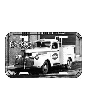 85026818-Placa-decorativa-de-metal-coca-cola-caminhao-vintage-preto-e-branco