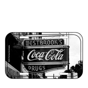 85026817-Placa-decorativa-de-metal-coca-cola-farmacia-west-brook-preto-e-branco