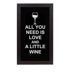 Quadro Porta Rolhas de Vinho All You Need Is Love And a Little Wine
