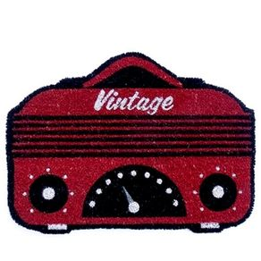 83027852-Capacho-radio-vintage-vermelho
