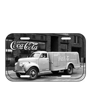 85026820-Placa-decorativa-de-metal-coca-cola-caminhao-retro-pretro-e-branco