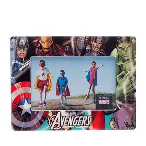 10080214-Porta-retrato-super-herois-da-marvel-os-vingadores-colorido-frente